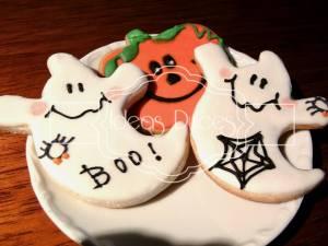 Fantasmas y calabazas de Halloween párrafo