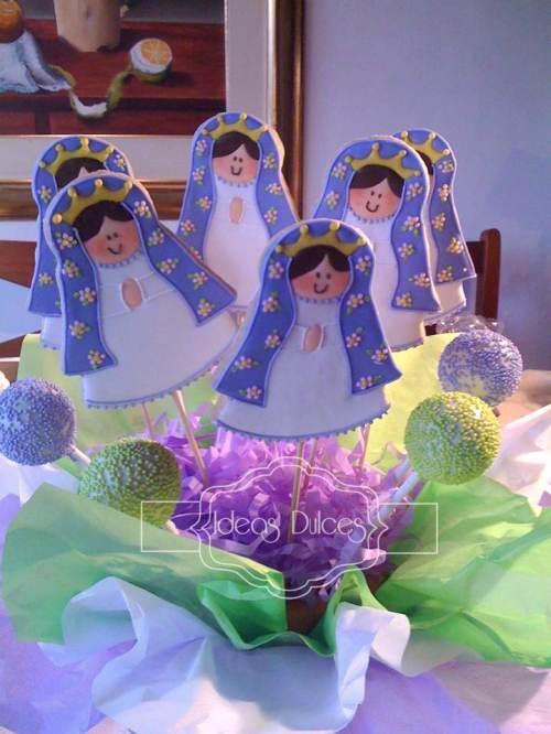Arreglo de Galletas Virgencita Plis para la Primera Comunión de Sarah