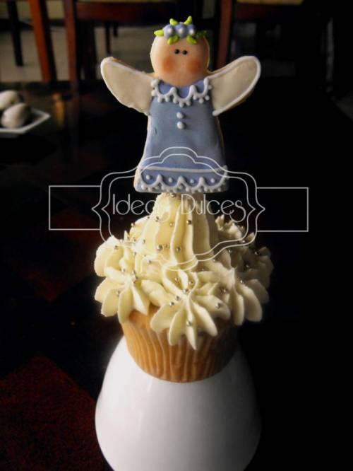 Cupcake Con Angelita Lila - Primera Comunión