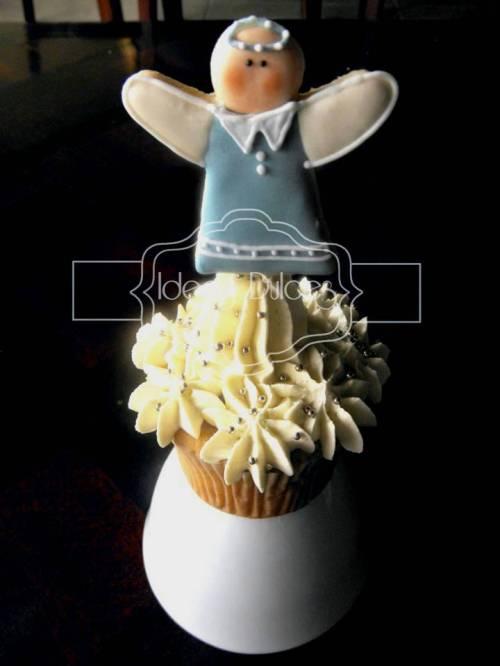 Cupcake Con angelito azul - Primera Comunión