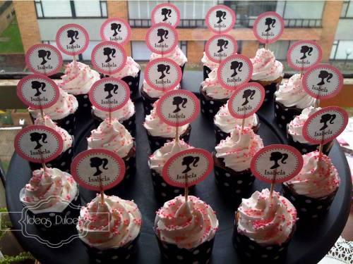 Cupcakes para fiesta temática de Barbie