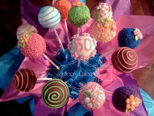 Arreglo Cake Pops para el cumple de Mónica
