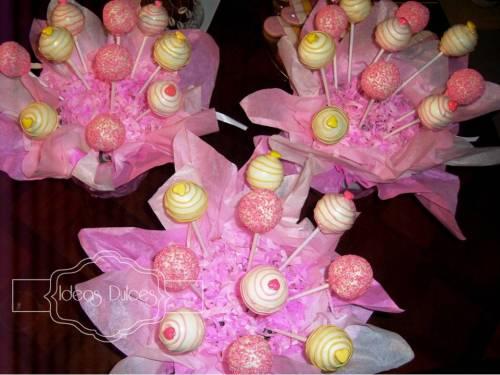 Arreglos de Cake Pops para el cumpleaños de Mariana