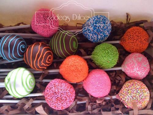 Cake Pops para  Imágenes y Texto Ltda.