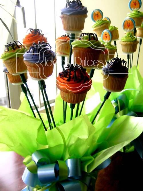 Arreglo de Mini-Cupcakes para Halloween