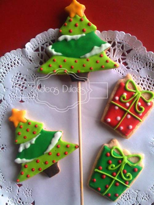 Arbolitos y regalos de Navidad
