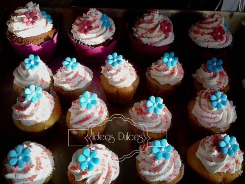Mini-cupcakes para los arreglos del grado de Ale