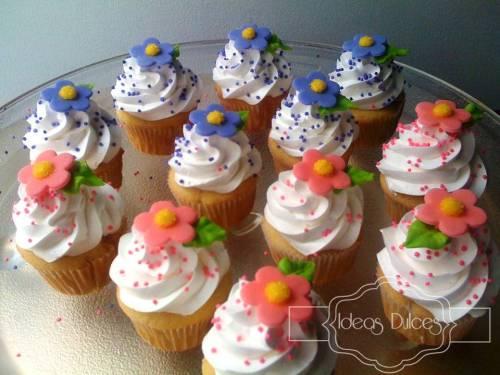 Mini-cupcakes para el té de Adriana