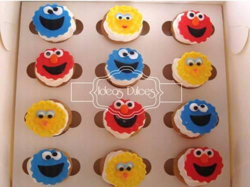 Caja de Cupcakes de Plaza Sésamo
