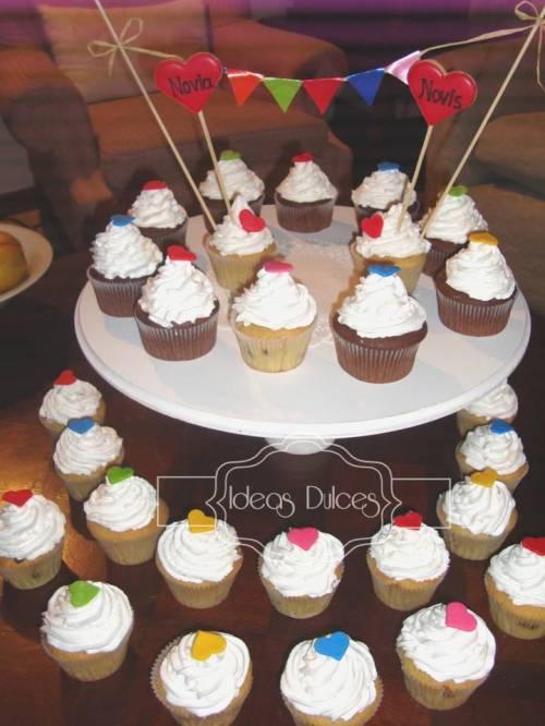 Torre de Cupcakes para el Aniversario de Mónica
