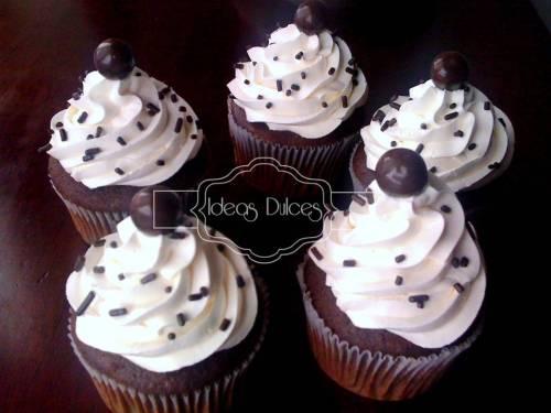 Cupcakes cumpleaños para hombres- AGENCIA LOGISTICA