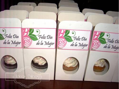 Cupcakes para el Dia de la Mujer de Cerámicas San Lorenzo