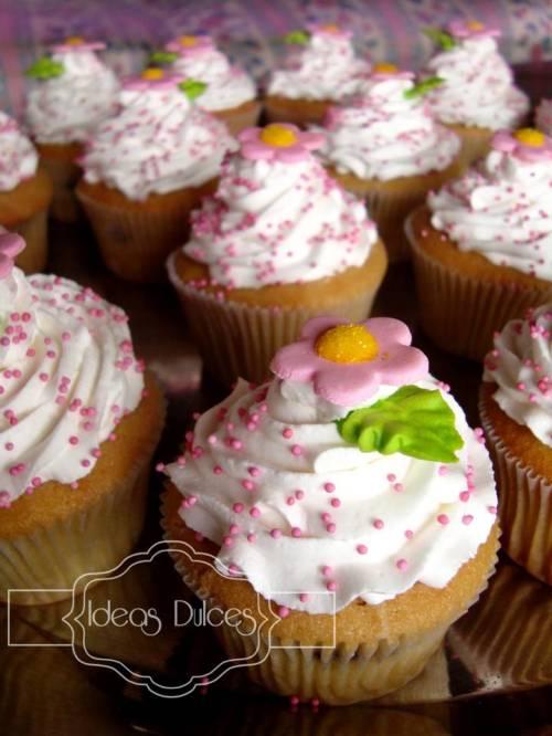 Cupcakes para el Dia de la Mujer en Cerámicas San Lorenzo