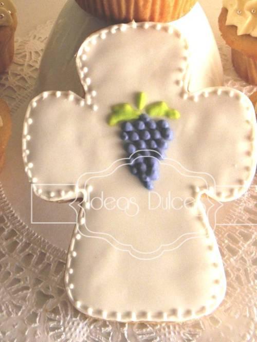 Galleta en forma de Cruz con uvas para Bautizos o Primeras Comuniones