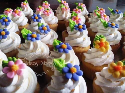 Detalle Mini-cupcakes para el baby Shower de Antonia