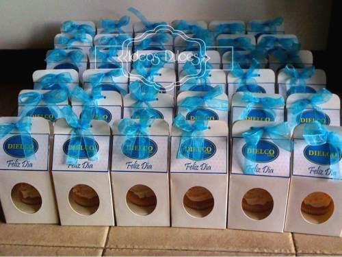 Cupcakes para la celebración del  Día de la Secretaria en Dielco Ltda.