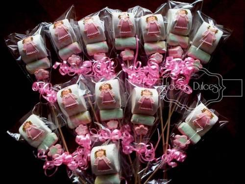 Masmelos tipo pincho decorados con Angelita Rosada