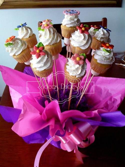 Arreglo de Mini-Cupcakes para Yolanda