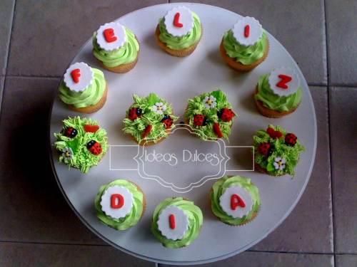 Cupcakes con mensaje encargados por Diego