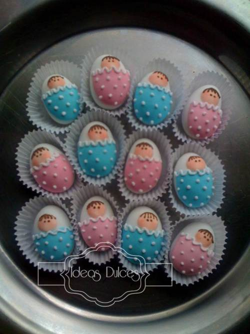 Almendras bebés rosa y azul