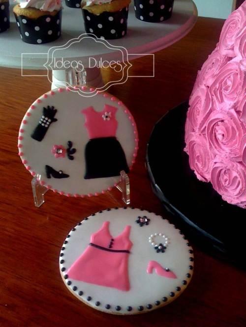 Galletas para la fiesta temática Barbie para  el cumpleaños de la hija de Luz Stella