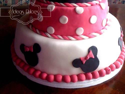 Detalle Torta de Minnie Mouse para el segundo cumpleaños de Antonia