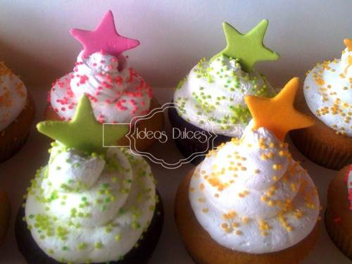 """Detalle Cupcakes para el """"Desván de Merlina"""" en Chía"""