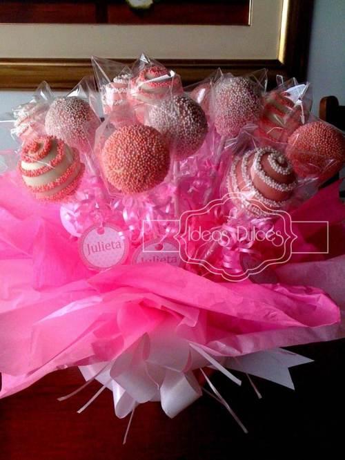 Arreglo de Cake Pops pera el Baby Shower de Julieta