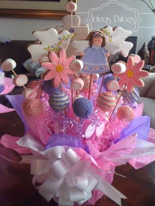Arreglo de Galletas, Cake Pops y Masmelos para la Primera Comunión de Gabriela