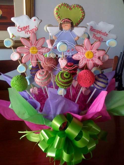 Arreglo de Galletas, Cake Pops y  Masmelos para la mamá de Allena