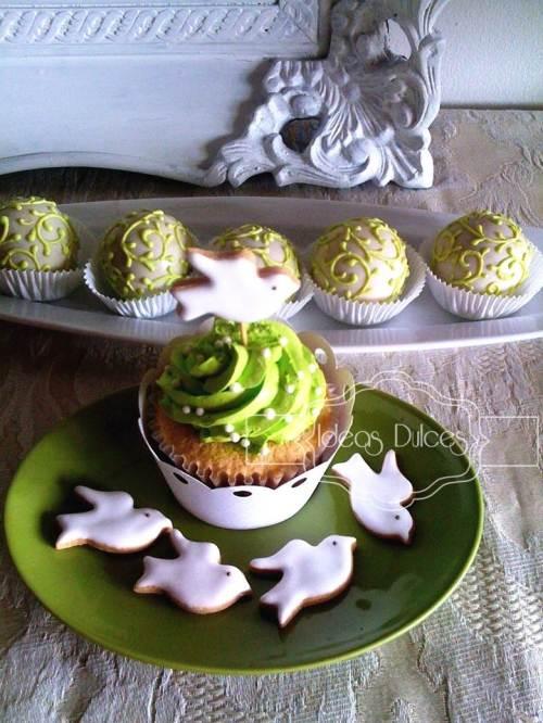 Cupcakes en verde pistacho para Primera Comunión