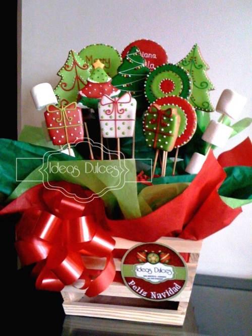 Arreglo galletas temáticas Navidad para el regalo de Pilar