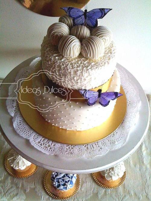 Torta  y Cupcakes para Matrimonio