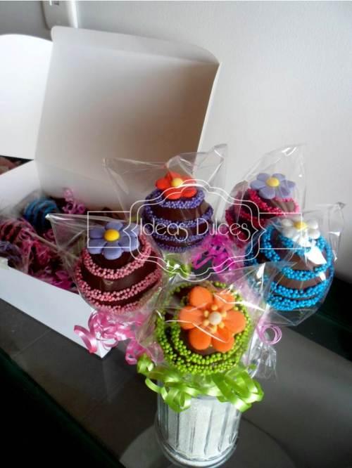 Cake pops DIA DE LA MUJER para Paola