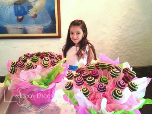 Arreglos de Cake Pops para las Primeras Comuniones en el Newman School