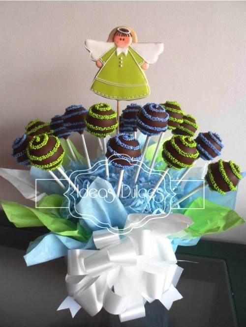 Arreglo de Cake Pops para la Primera Comunión del hijo de Lina María