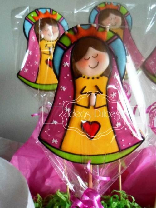 Virgencitas Plis para la Primera Comunión de Paula