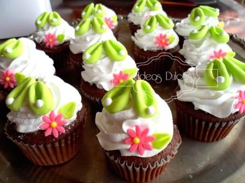 """Cupcakes de """"Campanita"""" para el cumple de Ana Sofía"""