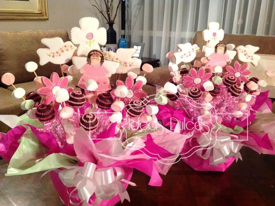 Primera comuni n en fucsia y rosa ideas dulces - Centros de mesa para primera comunion originales ...