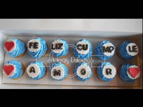 Caja de Cupcakes con Mensaje de cumpleaños