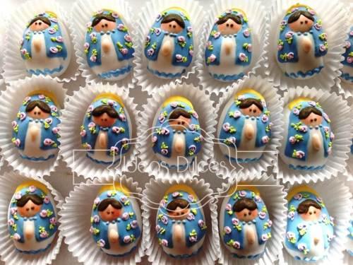 Almendras de Angelitas y Virgencitas en azul.
