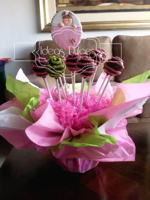 Arreglo cake pops para Baby Shower de niña