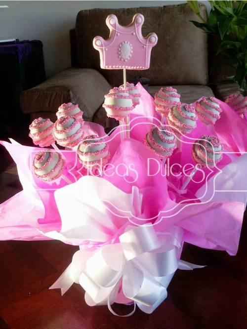 Arreglo de Cake Pops de Princesas