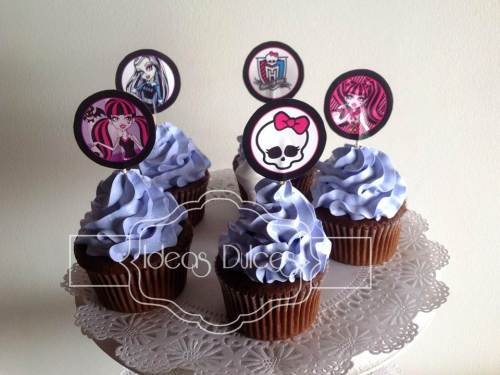 Cupcakes para fiesta temática de Monster High