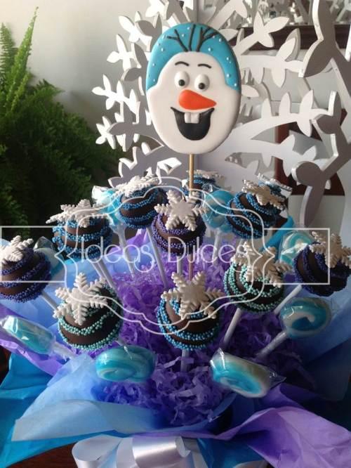 Arreglo cake pops y Olaf para fiesta temática de Frozen