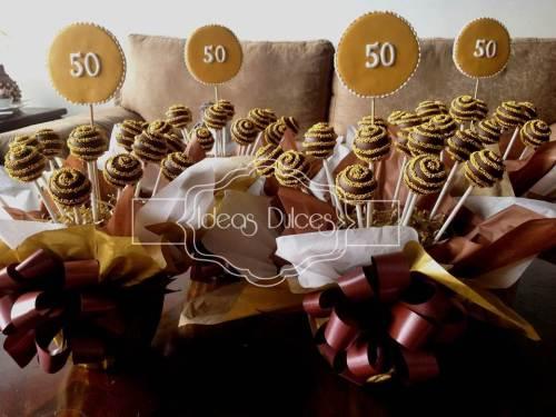 Centros de Mesa de CakePops para celebración de 50 Años