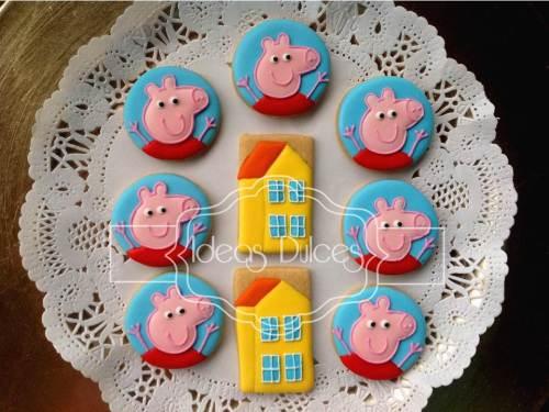 Galletas tipo bocado de casitas y Peppa Pig para Mesa Dulce
