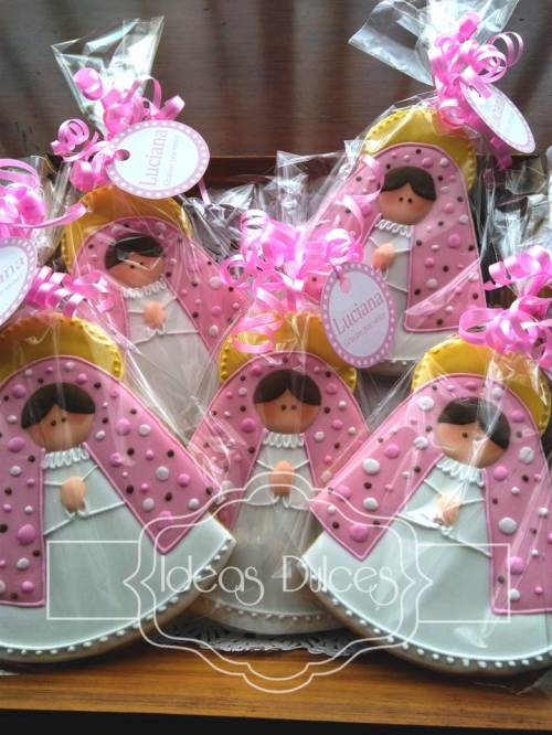 Galletas Recordatorio de Virgencitas para el Bautizo de Luciana